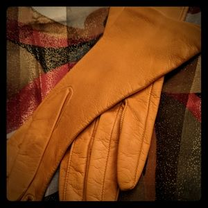 Madavo leather gloves